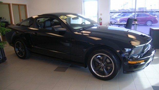 2010 ford mustang a a auto wrecking cars for sale in new york. Black Bedroom Furniture Sets. Home Design Ideas